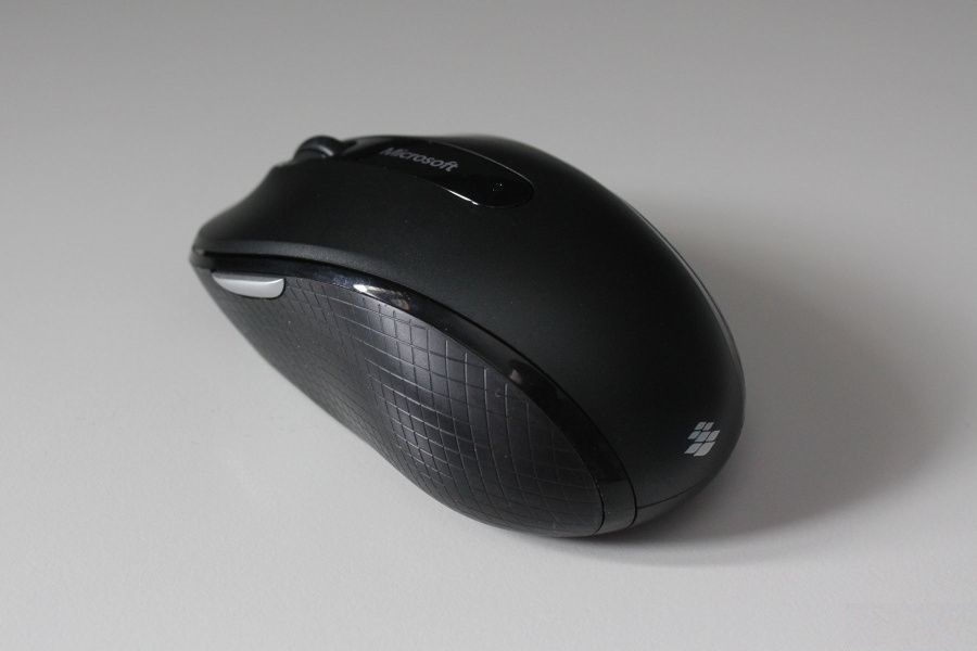 Microsoft-Wireless-Mobile-Mouse-4000-review