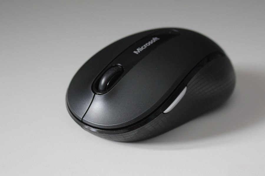Microsoft-Wireless-Mobile-Mouse-4000