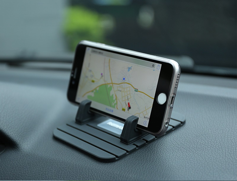 the-best-phone-holder-for-car